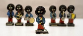 Robertson's gollywogs (The orchestra's singer - 2 of 3)